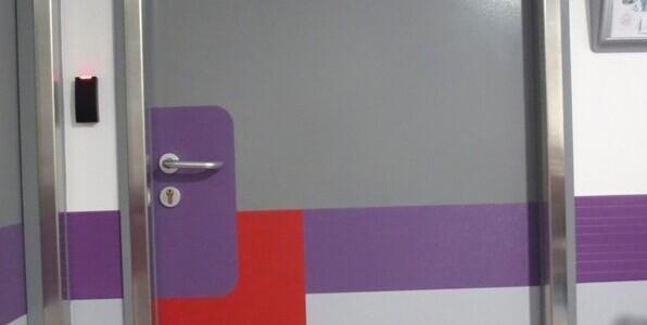 plaques de propret protection de portes panneaux. Black Bedroom Furniture Sets. Home Design Ideas